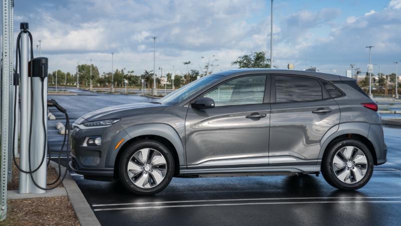 2021 Hyundai Kona หยุดผลิตแล้ว เพราะมีรุ่นใหม่มาแทน หรือเพราะเจอปัญหาแบตระเบิดกันแน่ ? 02