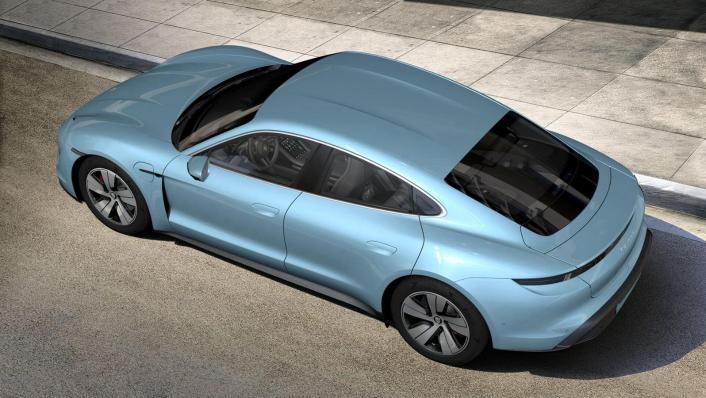 2020 Porsche Taycan Exterior 003