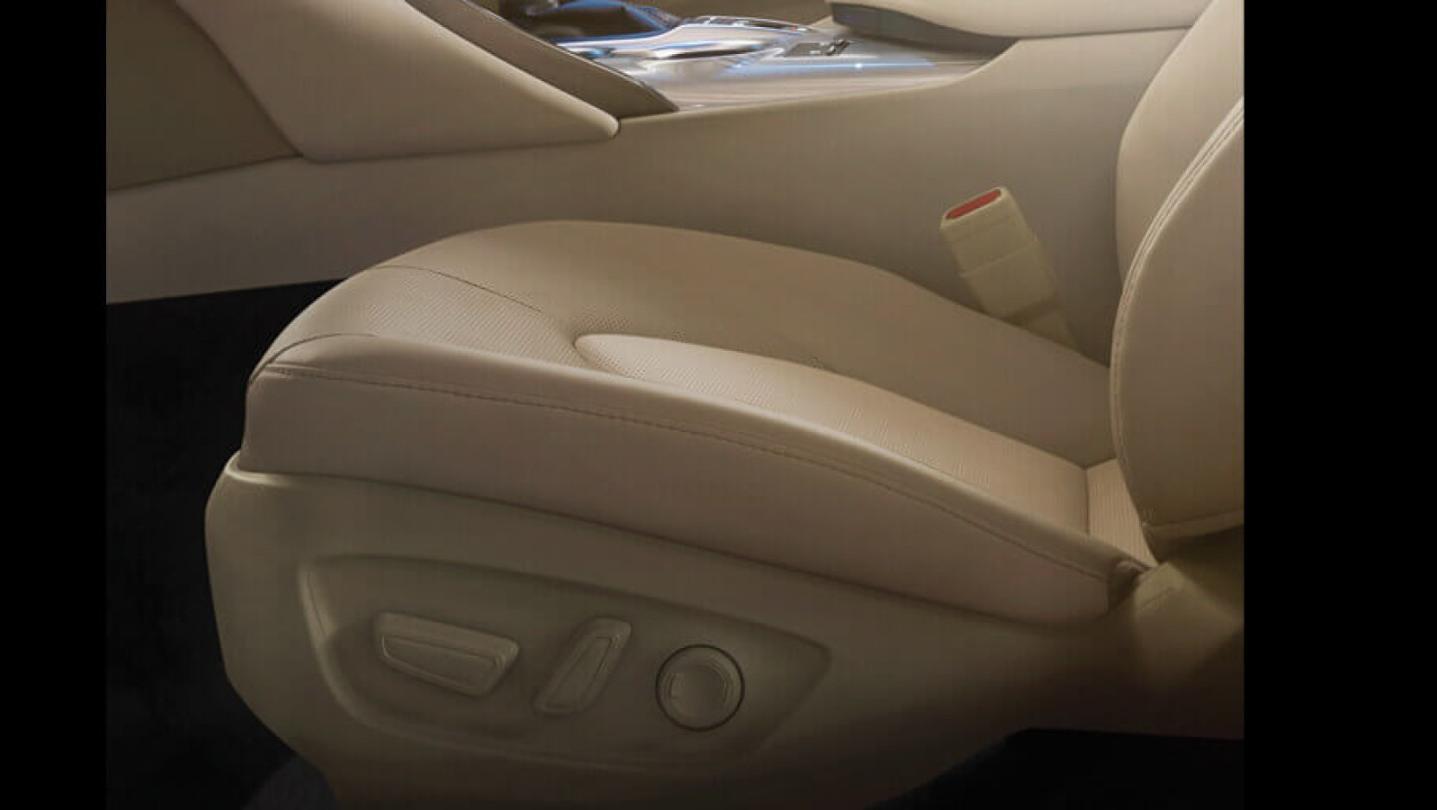 Toyota Camry Public 2020 Interior 005