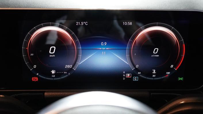 2021 Mercedes-Benz GLA-Class 200 AMG Dynamic Interior 004