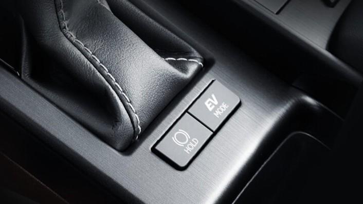 Lexus ES 2020 Interior 005