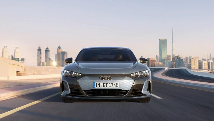 2021 Audi e-tron GT quattro Exterior 002