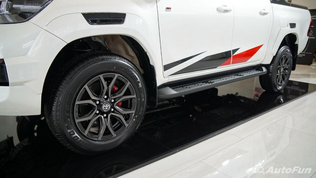 2021 Toyota Hilux Revo Double Cab 4x4 2.8 GR Sport AT Exterior 022