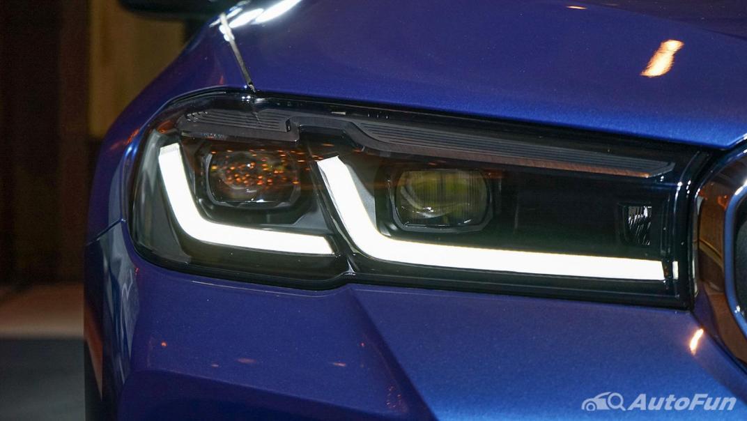 2021 BMW 5 Series Sedan 520d M Sport Exterior 009