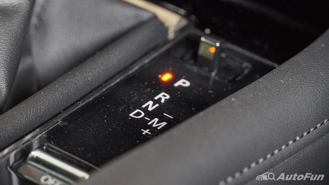 2020 Mazda 3 Fastback 2.0 SP Sports Interior 023