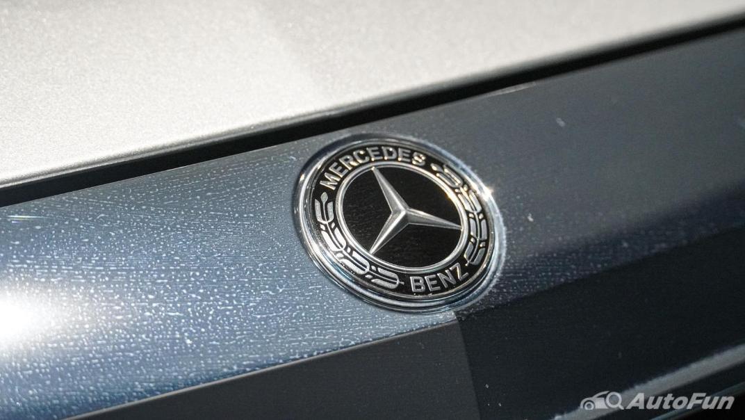 Mercedes-Benz S-Class S 560 e AMG Premium Exterior 022