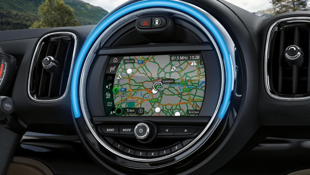 Mini Countryman 2020 Interior 008