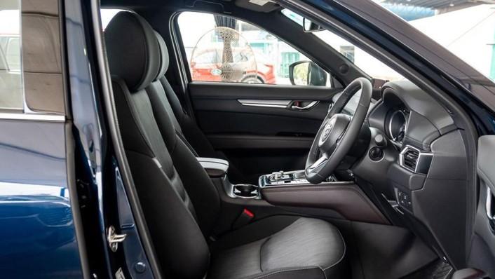 Mazda CX-8 Public 2020 Interior 010