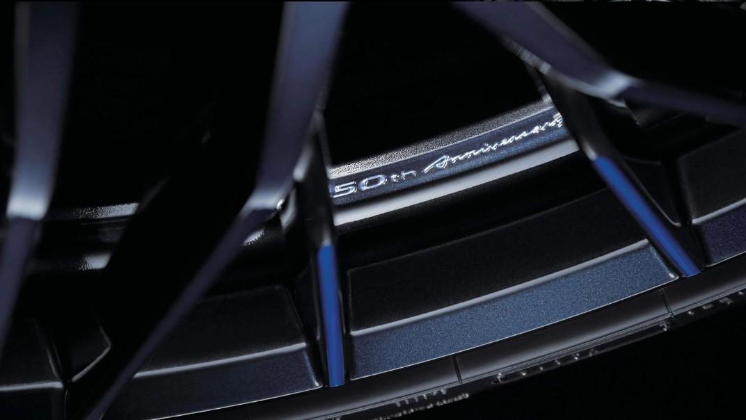 Nissan GT-R 2020 Exterior 008