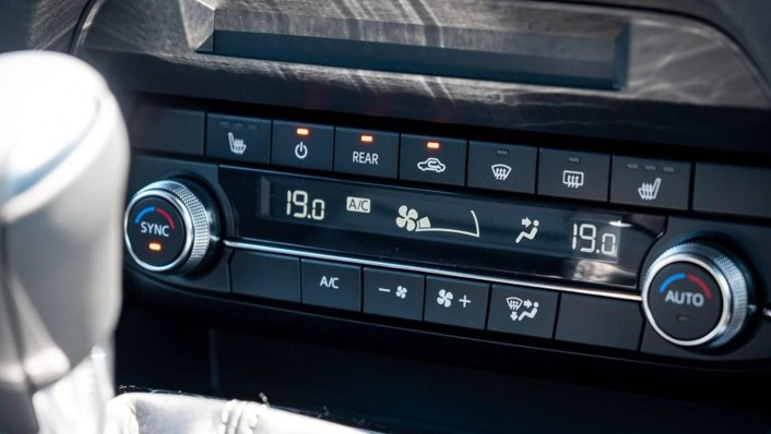Mazda CX-8 2020 Interior 003