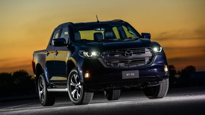 2021 Mazda BT-50 Double cab Upcoming Version Exterior 003