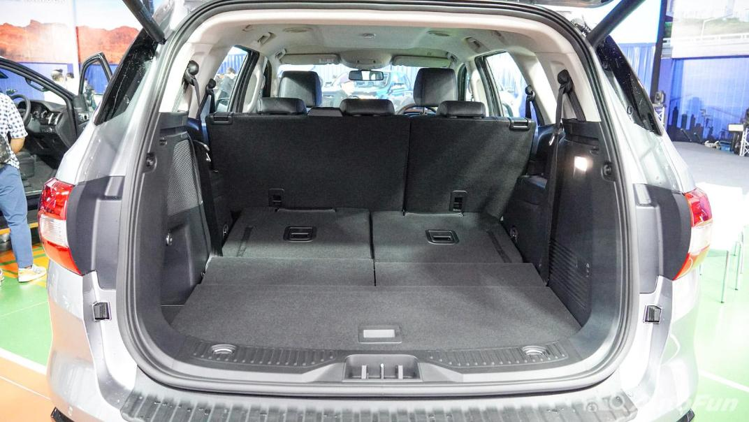2021 Ford Everest Titanium+ Interior 033