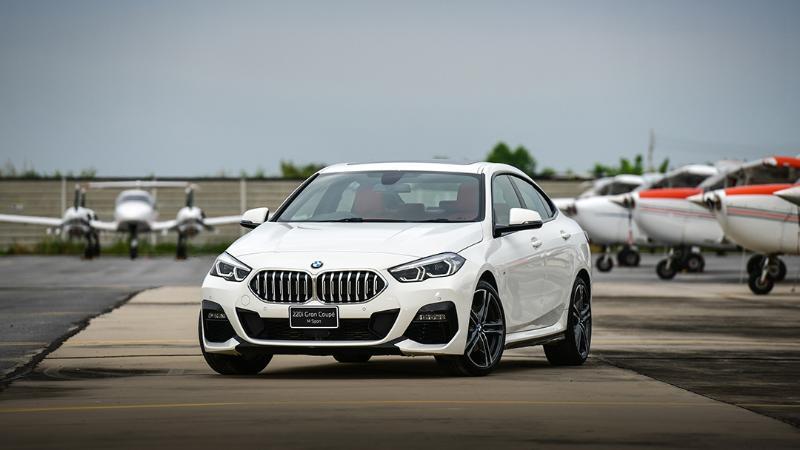 เทียบรถหรูรุ่นเล็กหลัก 2 ล้านบาท เลือก Mercedes-Benz A-Class หรือ BMW 220i Gran Coupe? 02