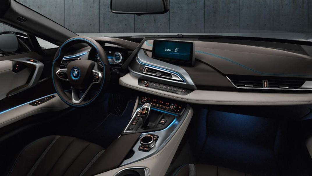BMW I8 Public 2020 Interior 002