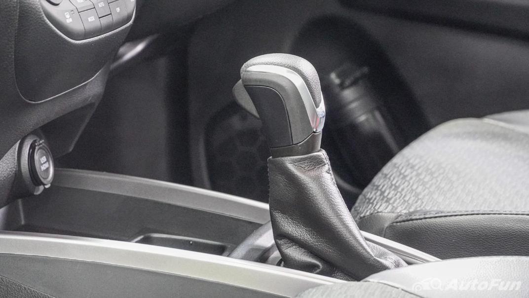 2020 1.5 Suzuki XL7 GLX Interior 022