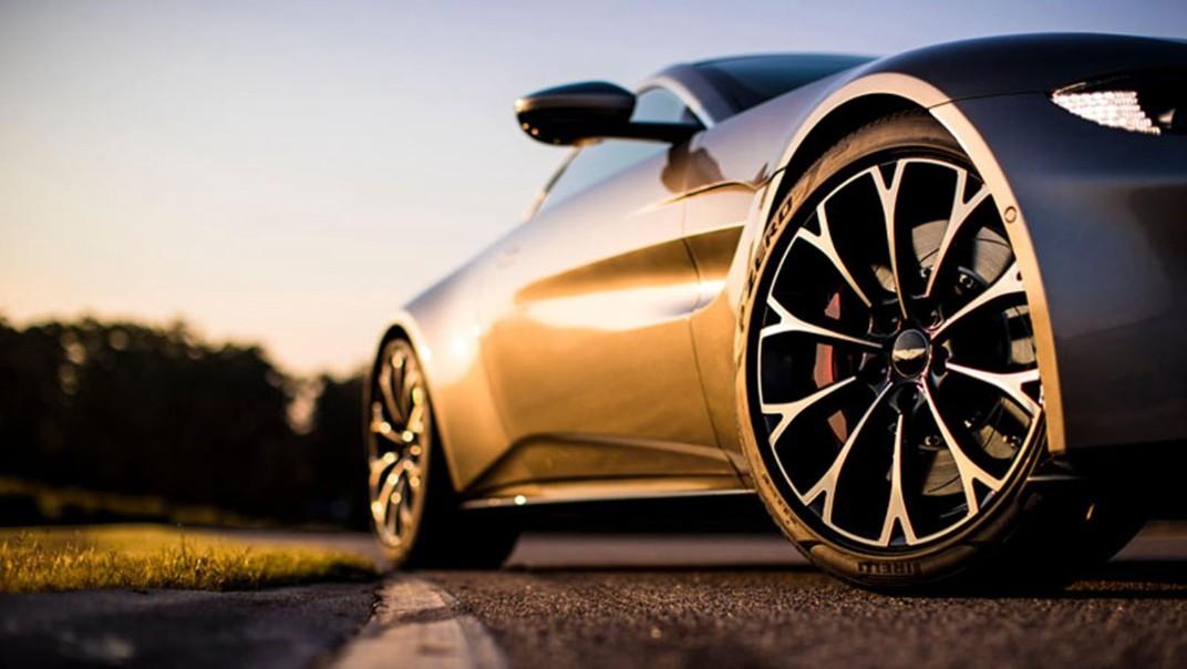 Aston Martin V8 Vantage Public 2020 Exterior 002