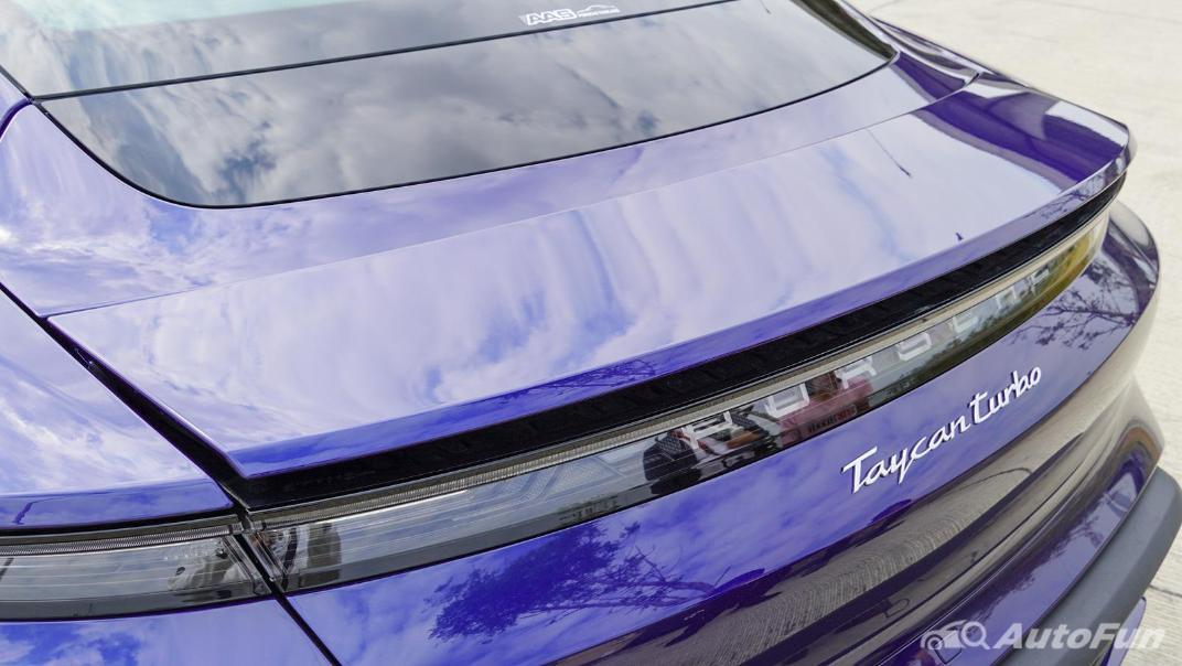 2020 Porsche Taycan Turbo Exterior 016