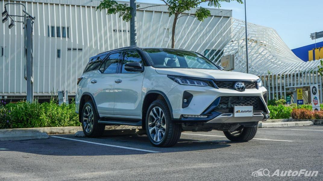 2020 Toyota Fortuner 2.8 Legender 4WD Exterior 003