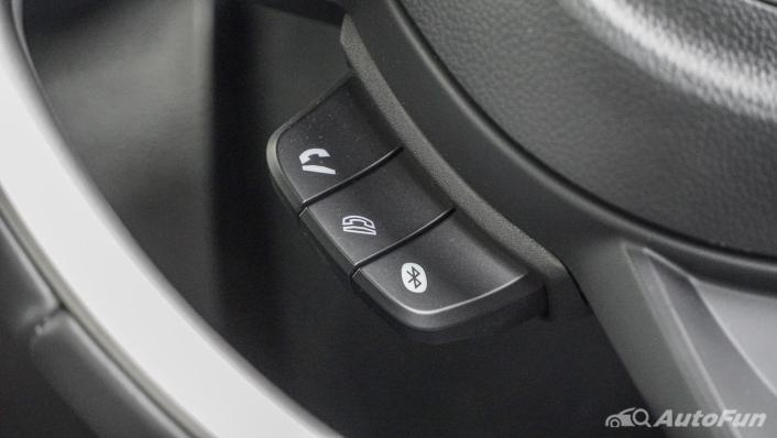2020 1.5 Suzuki XL7 GLX Interior 008