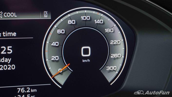2020 Audi A4 Avant 2.0 45 TFSI Quattro S Line Black Edition Interior 008