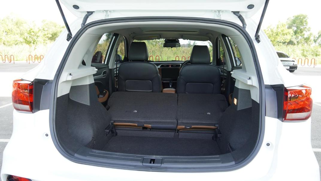 2020 MG ZS 1.5L X Plus Interior 053