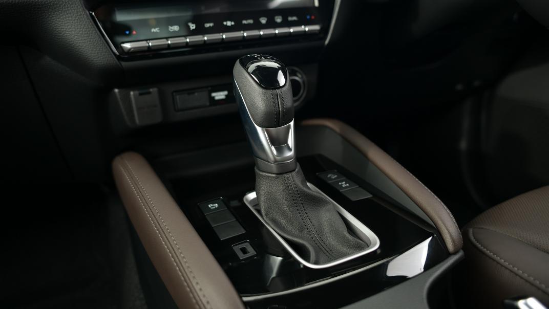 2021 Mazda BT-50 Double cab Upcoming Version Interior 007