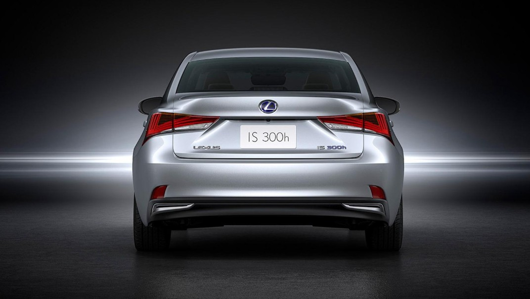 Lexus IS 2020 Exterior 023