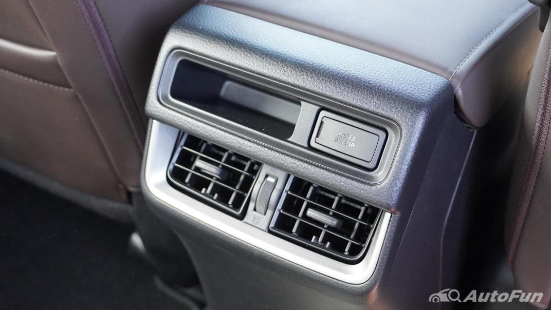 Mazda BT-50 Pro 2021 Interior 018