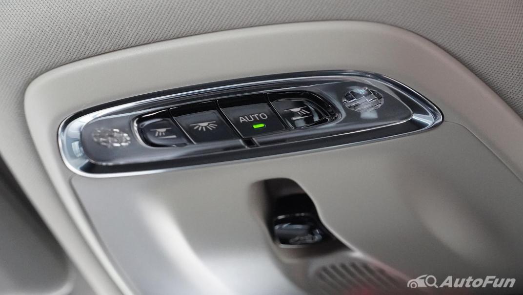 2021 Volvo S90 Recharge Interior 039