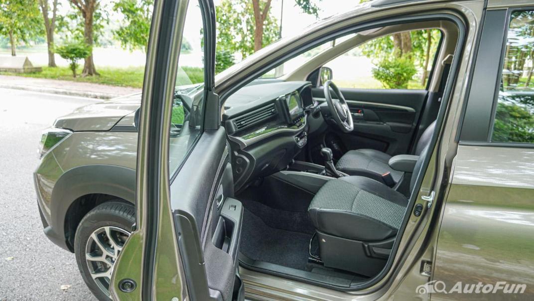 2020 1.5 Suzuki XL7 GLX Interior 031