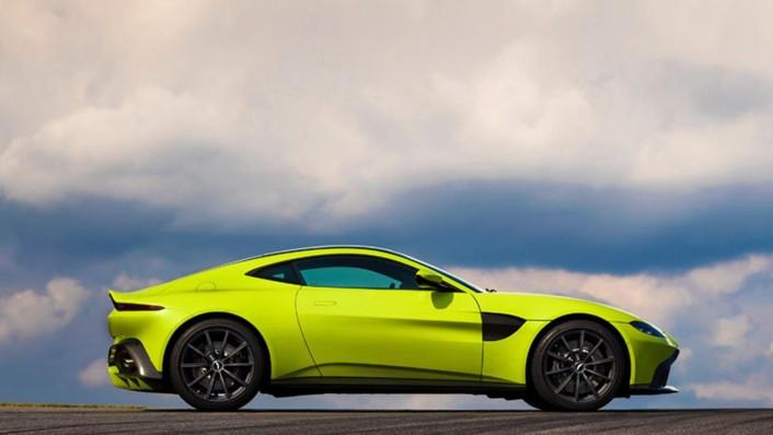 Aston Martin V8 Vantage 2020 Exterior 008