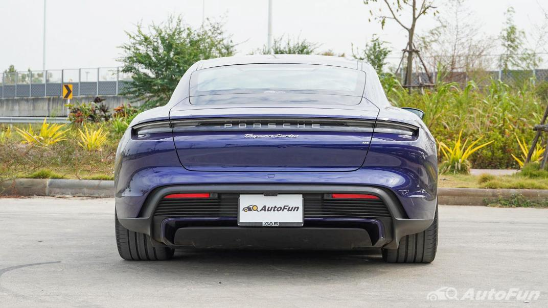 2020 Porsche Taycan Turbo Exterior 006