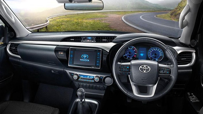 Toyota Hilux Revo Smart Cab 2020 Interior 001