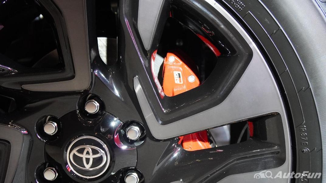 2021 Toyota Fortuner 2.8 GR Sport 4WD Exterior 028
