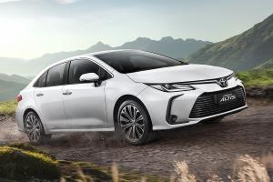 ดูไม่ออกว่าต่าง 2021 Toyota Corolla Altis เพิ่ม 7 ออพชั่นเด่น คุ้มจนคนซื้อก่อนมีเคือง