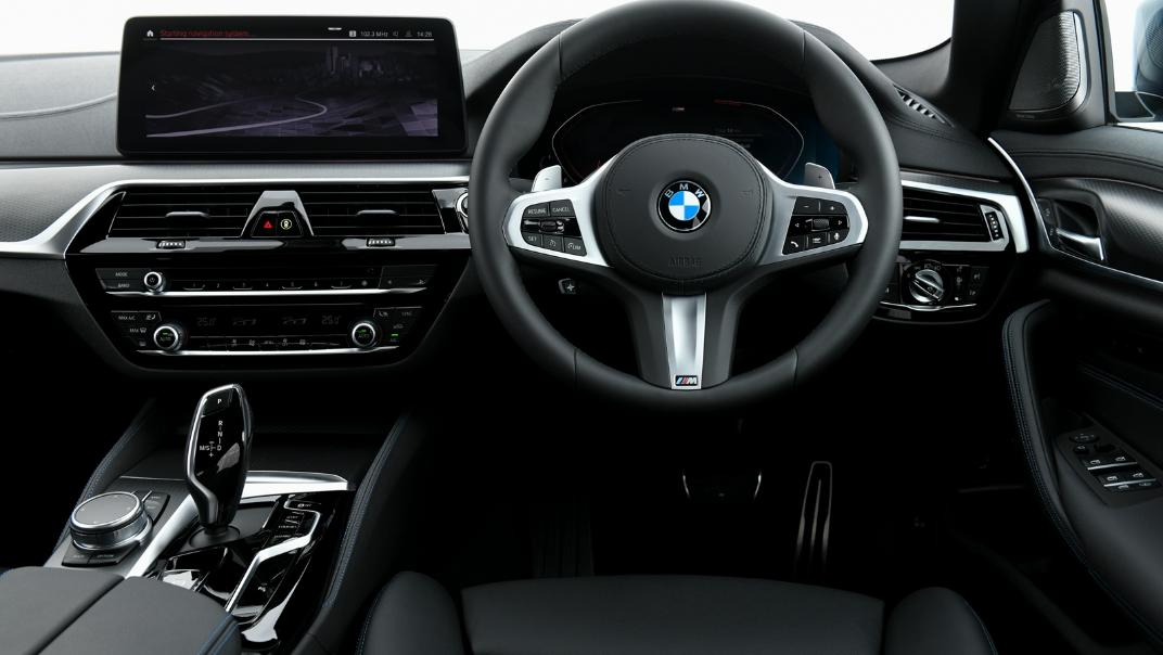 2021 BMW 5 Series Sedan 520d M Sport Interior 026