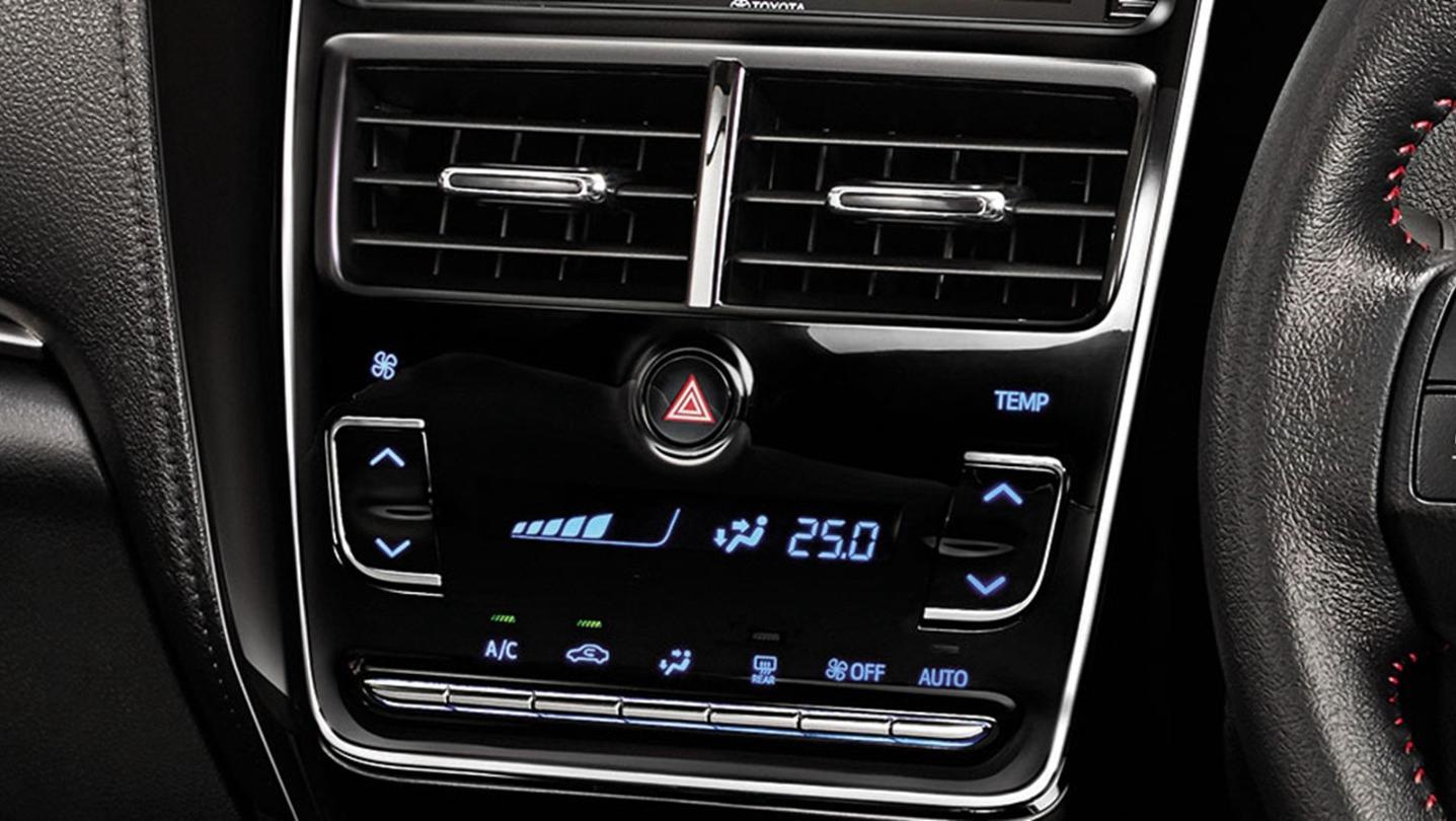 Toyota Yaris-Ativ 2020 Interior 005