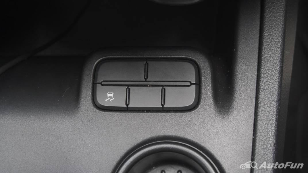 2021 Ford Everest 2.0L Turbo Titanium 4x2 10AT - SPORT Interior 027