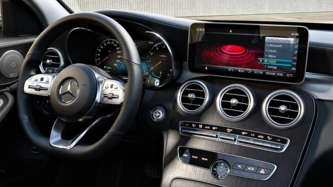 Mercedes-Benz C-Class Saloon 2020 Interior 021