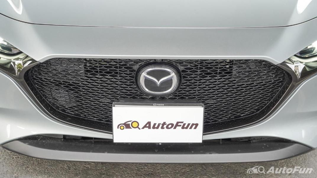 2020 Mazda 3 Fastback 2.0 SP Sports Exterior 010