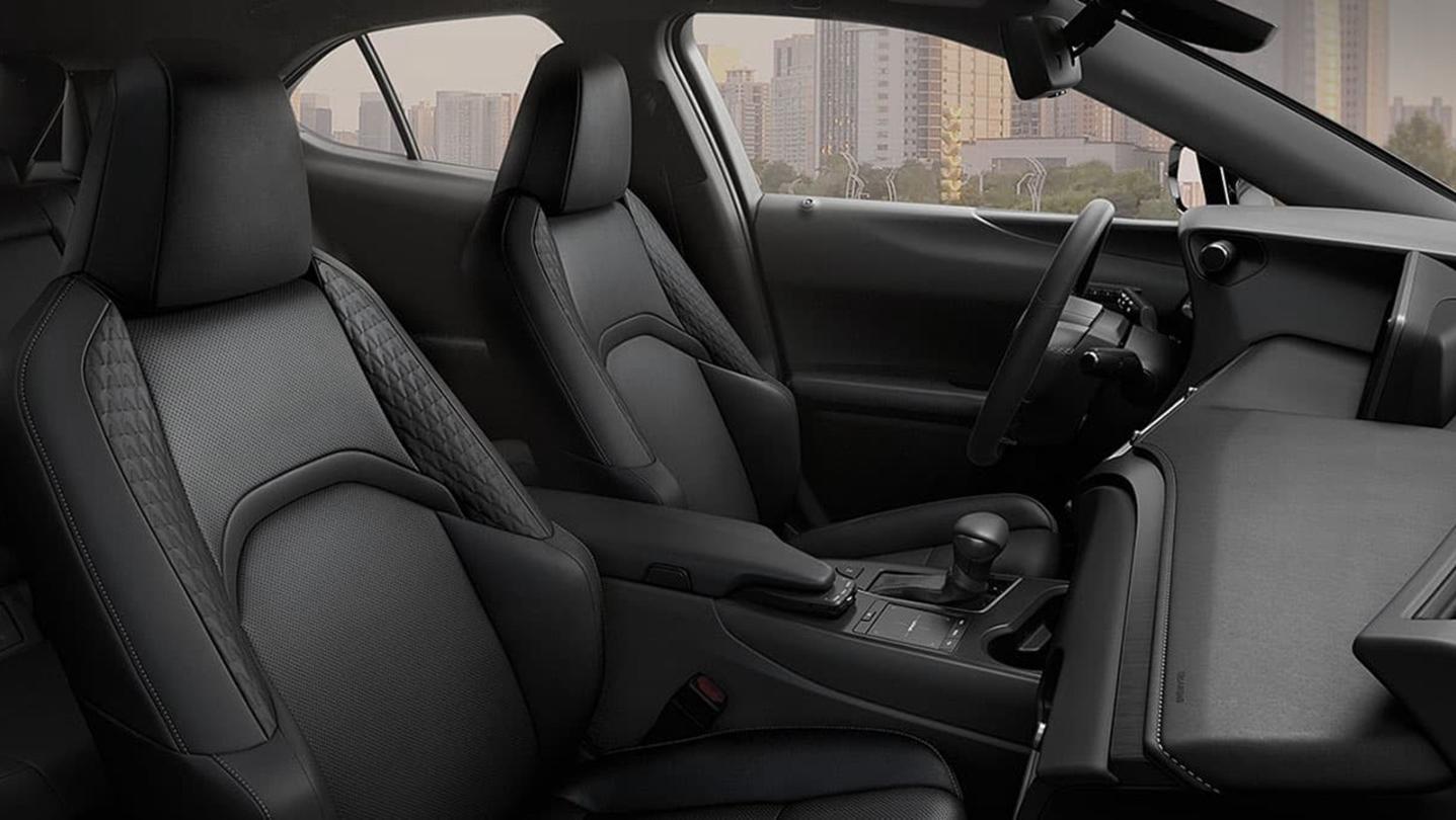 Lexus UX 2020 Interior 007
