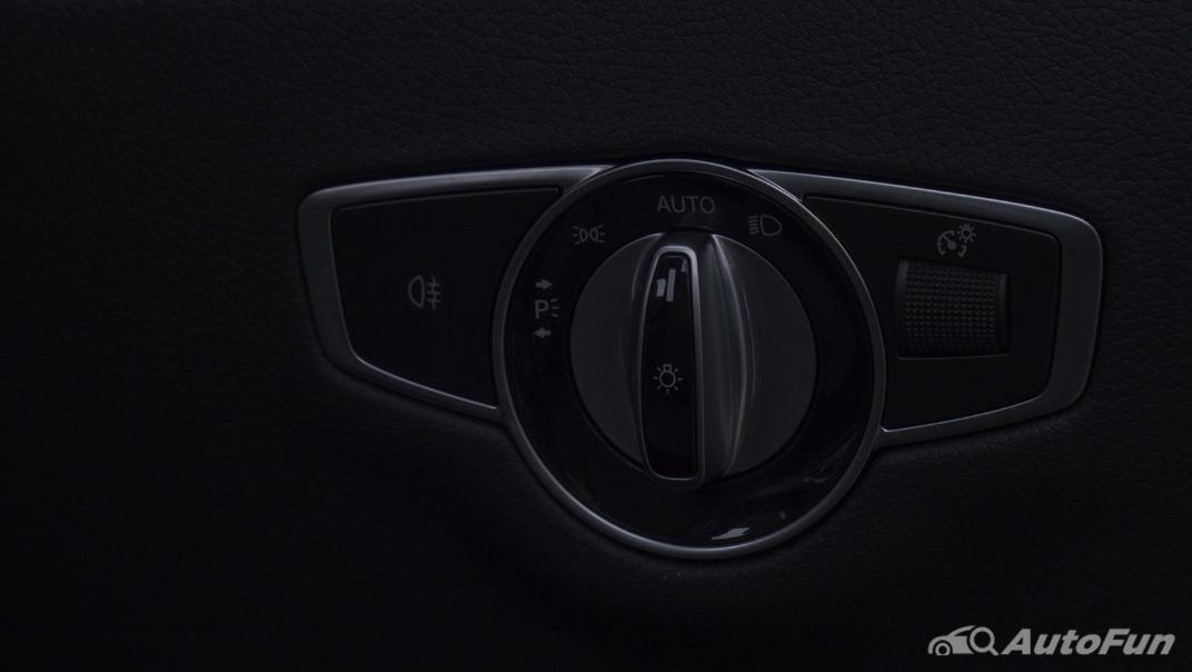 2021 Mercedes-Benz E-Class Cabriolet E 200 AMG Dynamic Interior 014