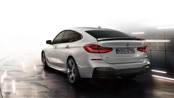 BMW 6-Series-Gran-Turismo 2020 Exterior 005