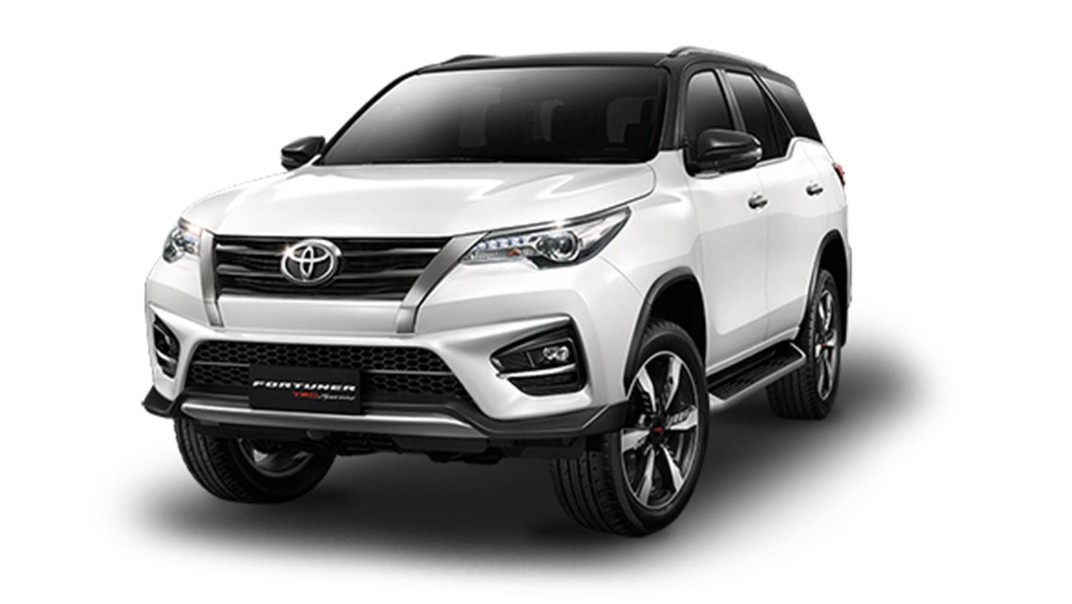 Toyota Fortuner Public 2020 Others 007