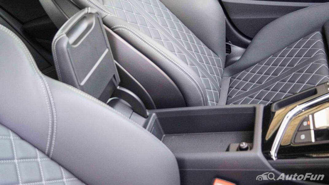 2020 Audi A4 Avant 2.0 45 TFSI Quattro S Line Black Edition Interior 062