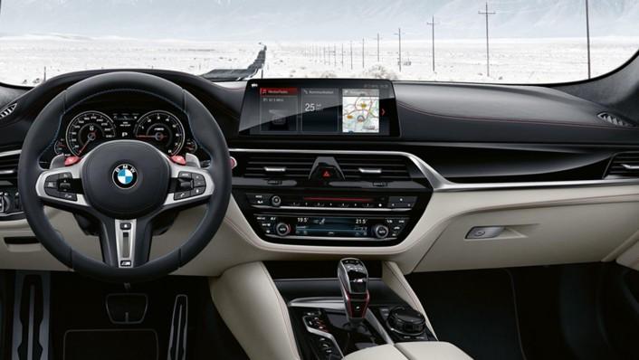 BMW M5-Sedan 2020 Interior 001
