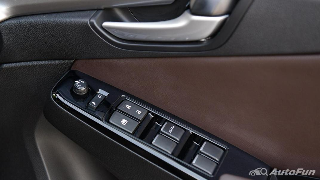 2021 Mazda BT-50 Pro Double Cab 3.0 SP 6AT 4x4 Interior 017
