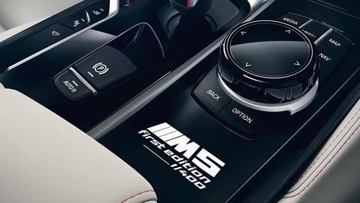 BMW M5-Sedan 2020 Interior 005