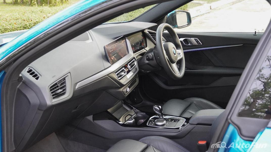 2021 BMW 2 Series Gran Coupe 220i M Sport Interior 047