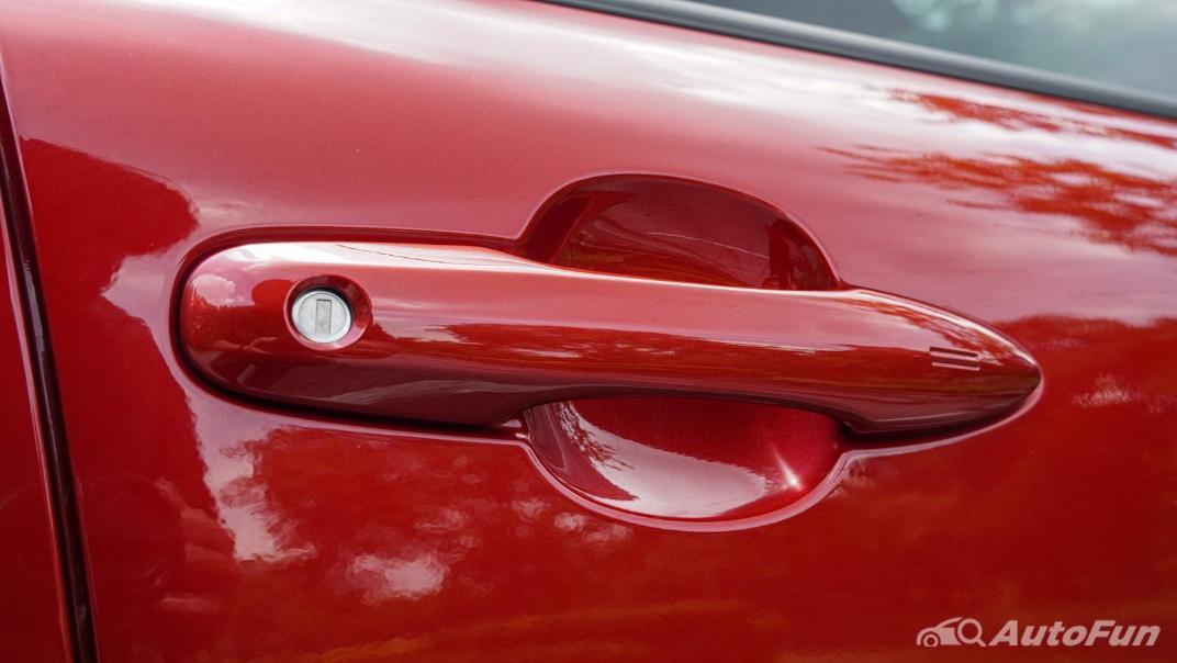 2020 Toyota Corolla Cross 1.8 Hybrid Premium Safety Exterior 040